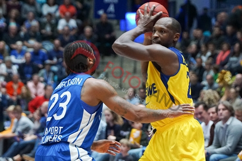1. BBL - 17/18 - Fraport Skyliners vs. EWE Baskets Oldenburg
